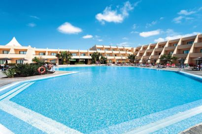 Coronas Playa Hotel Pool & Main Building