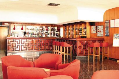 Relax In The Bar At The Fiesta Hotel Don Carlos